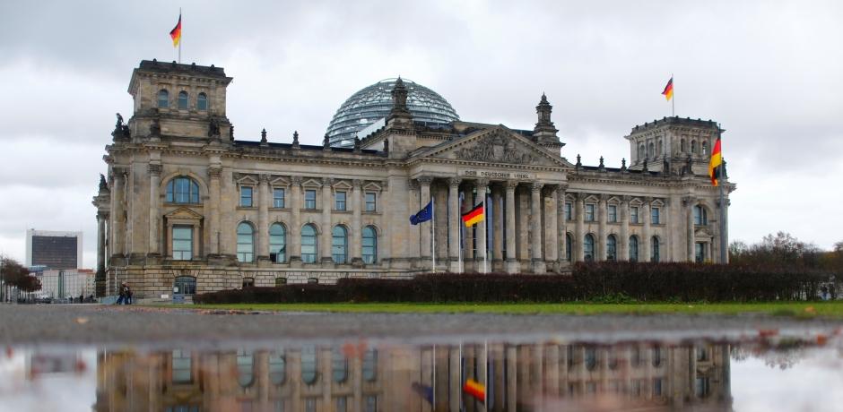 فشل محاولة تشكيل ائتلاف حكومي بألمانيا بعد انسحاب الليبراليين من المفاوضات