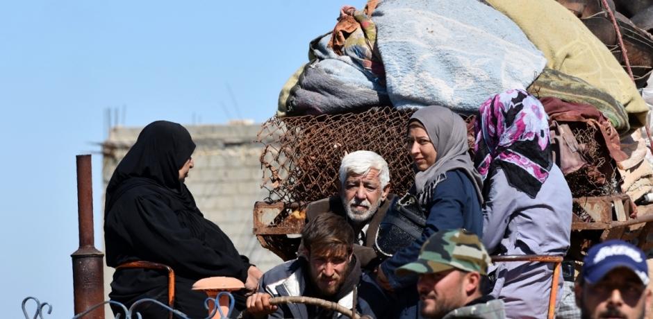 أكثر من 400 ألف نازح خلال ثلاثة أشهر من التصعيد في شمال غرب سوريا