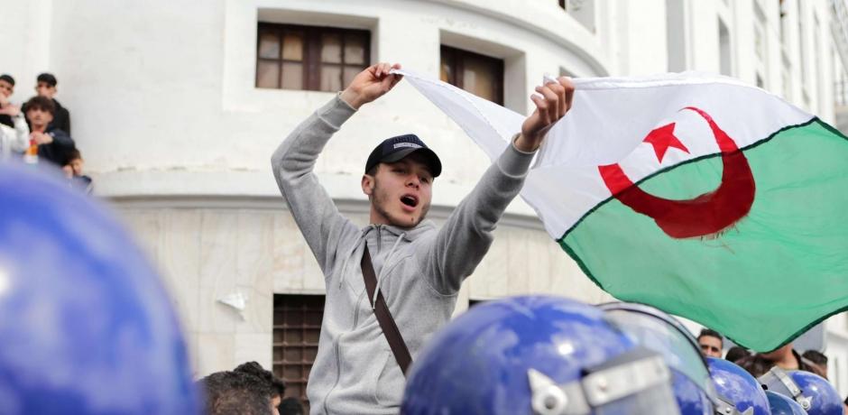 مستجدات المشهد الجزائري عشية جمعة جديدة من جمع الحراك الشعبي
