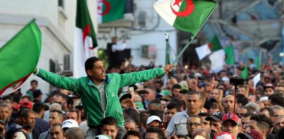 الجزائر : كيف يبدو المشهد بعد انتخابات الرئاسة ؟