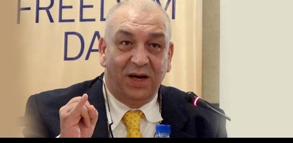 حسن الراشيدي يتذكر لحظة تقديمه أول موعد إخباري بعد إطلاق إذاعة ميدي آن