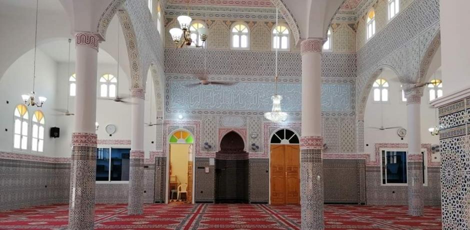 مساجد المملكة تفتح أبوابها لأداء الصلوات الخمس في ظل إجراءات صحية ووقائية