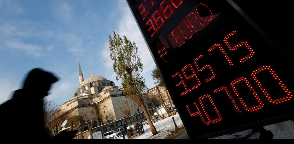 Purge politique et attentats : quels coûts pour l'économie turque ?