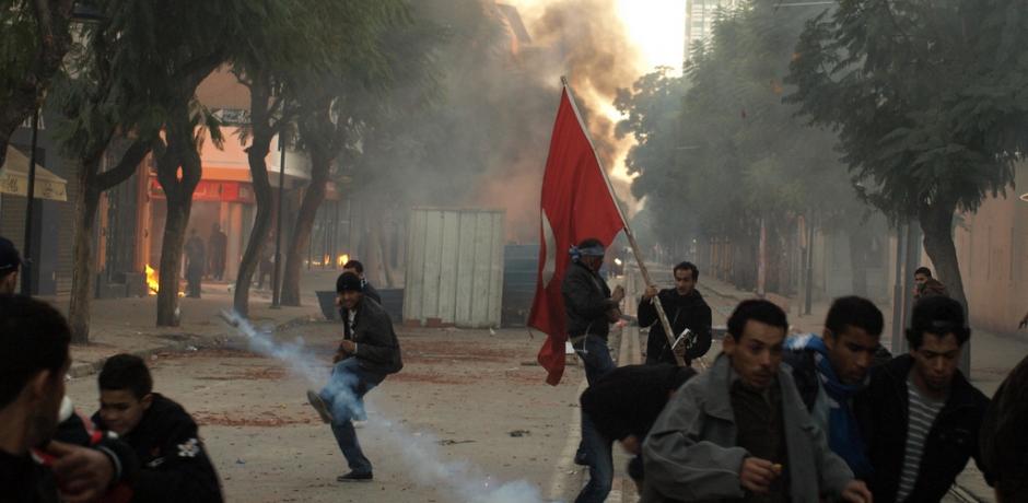 La lutte contre la corruption en Tunisie : Poudre aux yeux ou véritable changement?