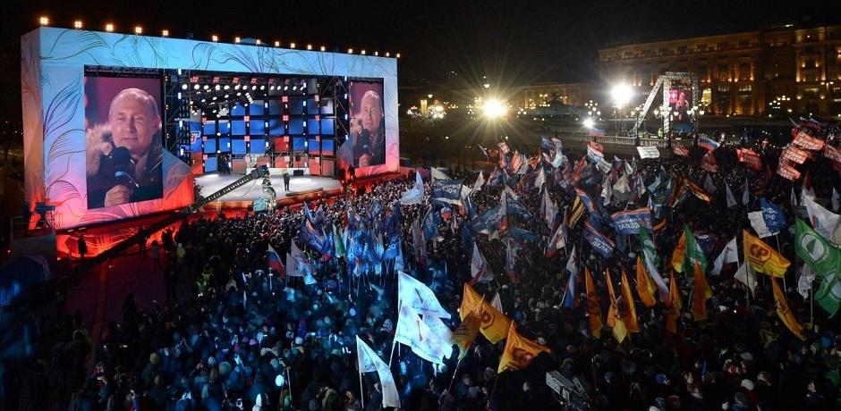 Vladimir Poutine reste au Kremlin pour un quatrième mandat
