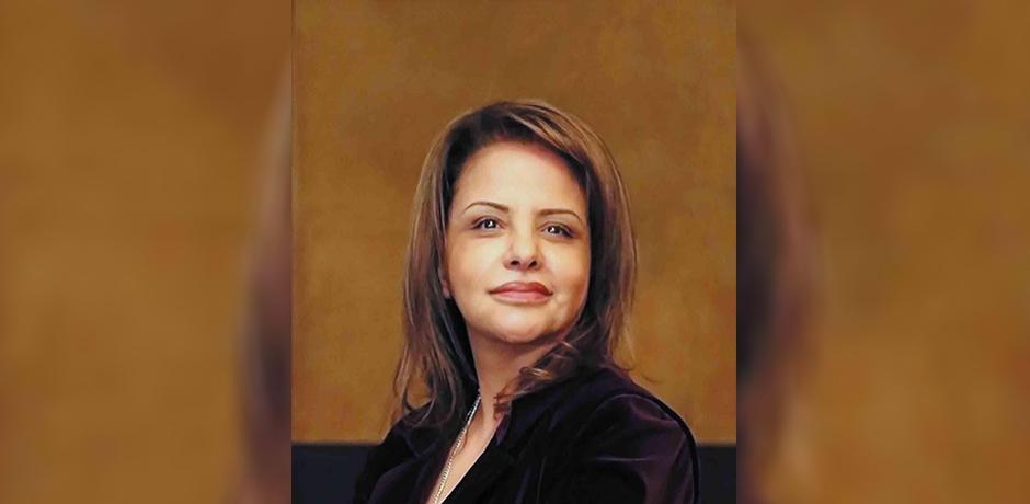 Fatéma Hal, la femme qui fait parler les épices.