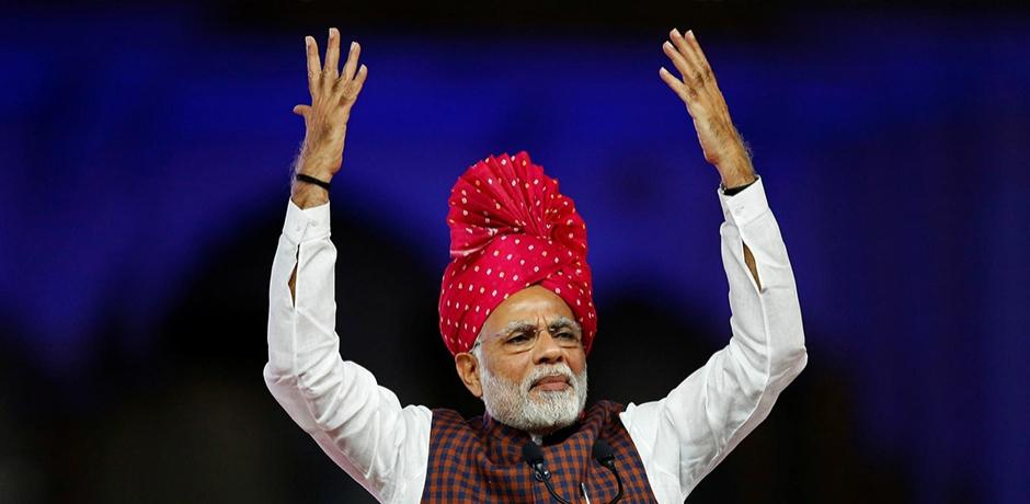 En inde, le sacre de Modi.