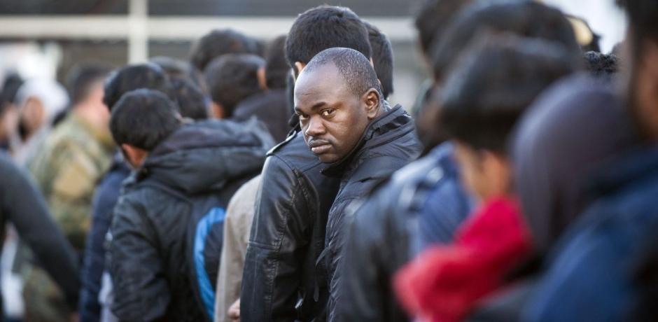 محاكمة بسبب عمل خيري ازاء المهاجرين