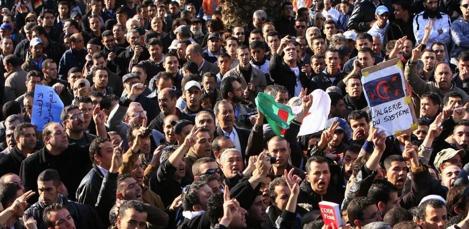 Les mouvements sociaux en Algérie.