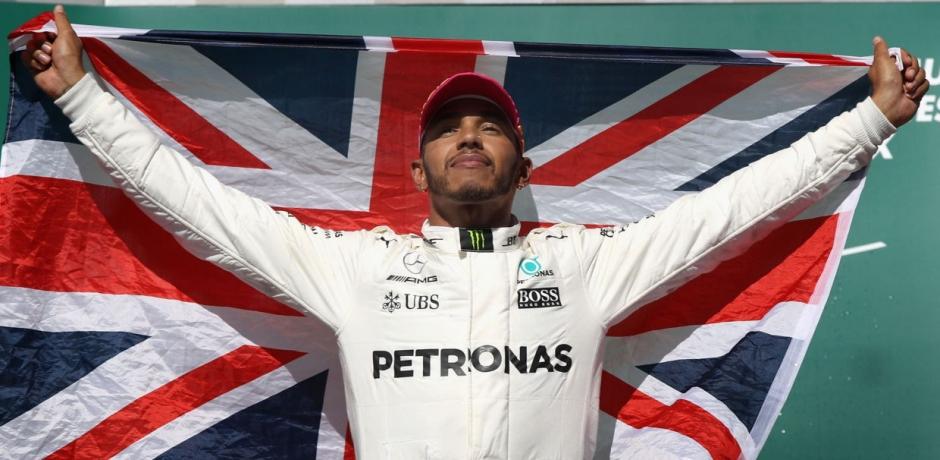 F1, Lewis Hamilton puissance 4