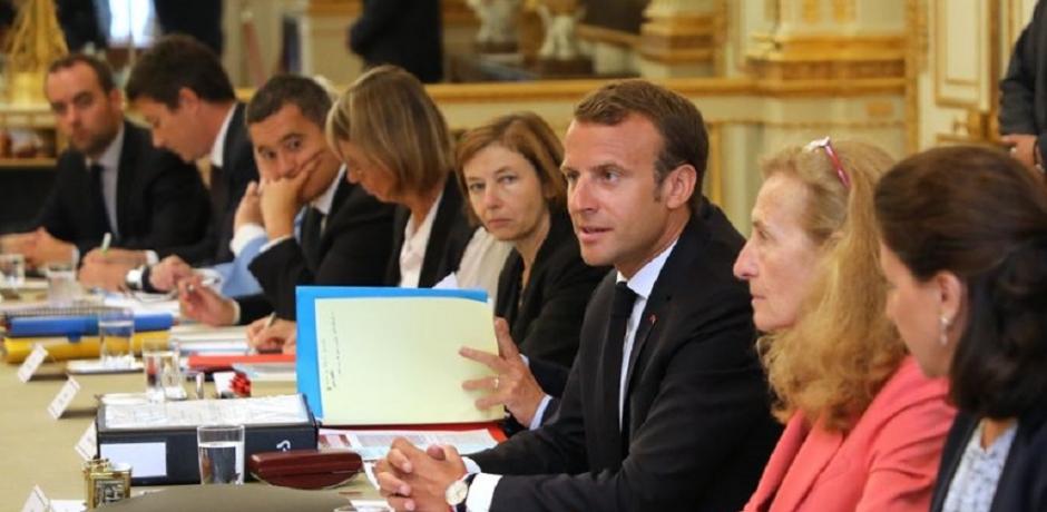 Rentrée difficile pour Macron