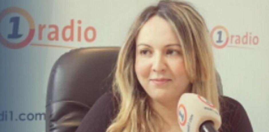السياسة تجذب الصغار و  هولاند يتخلى عن الرئاسة و لا يتخلى عن الخبز التونسي
