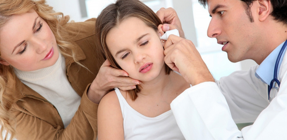 علامات التهاب الاذن عند الاطفال و طرق العلاج